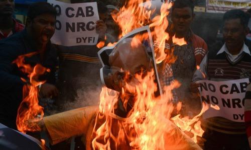 بھارت میں متنازع شہریت بل کے خلاف احتجاج، ہلاکتوں کی تعداد 6 ہوگئی