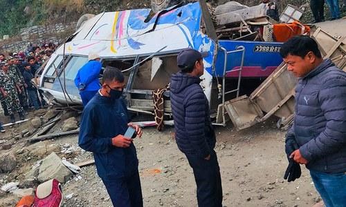نیپال: زائرین کی بس حادثے کا شکار، 14 افراد ہلاک