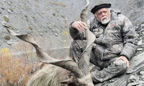 American national hunts Kashmir Markhor