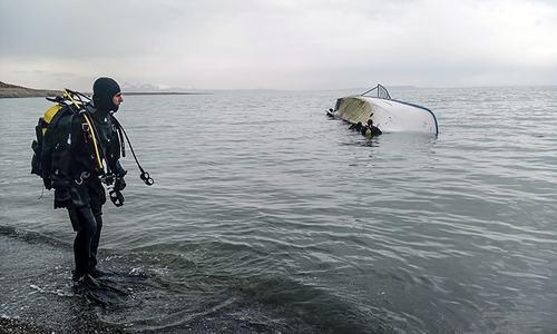 2 Pakistanis among 7 dead as migrants' boat sinks in Turkey's Lake Van: FO