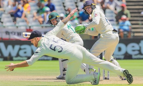 Stokes-inspired England break SA's resistance to level series
