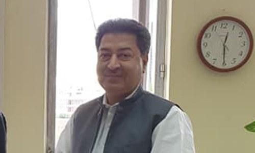 سکندر سلطان راجا 5 سال کیلئے الیکشن کمیشن کے سربراہ مقرر، نوٹیفکیشن جاری