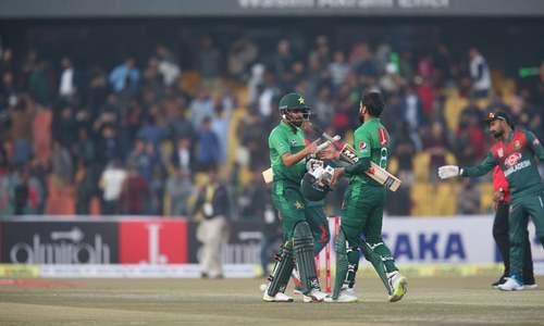 دوسرا ٹی 20: بنگلہ دیش کو 9وکٹوں سے شکست، پاکستان کو سیریز میں فیصلہ کن برتری