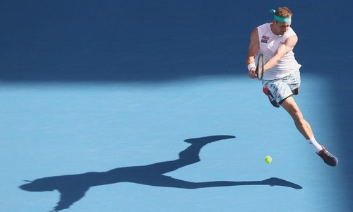 'Miracle man' Federer saves seven match points, meets Djokovic in semi
