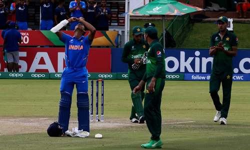 India crush Pakistan in one-sided contest to make their way to U-19 World Cup final
