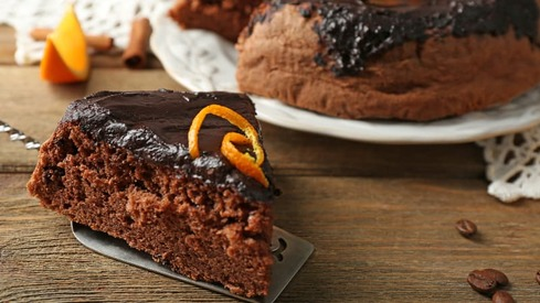 End orange season on a sweet note with this cake recipe