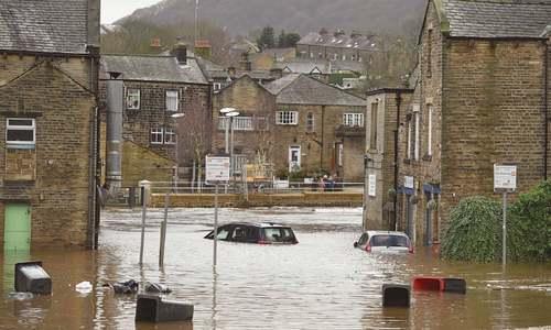 Storm Ciara batters Britain, Ireland