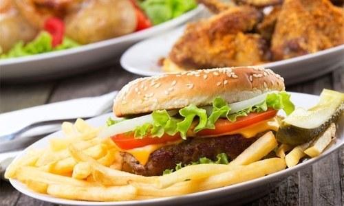 وہ غذا جو ایک ہفتے میں دماغی افعال کو نقصان پہنچادے