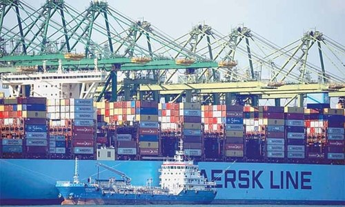 Shipping lines, ports count cost as coronavirus hits supply chains