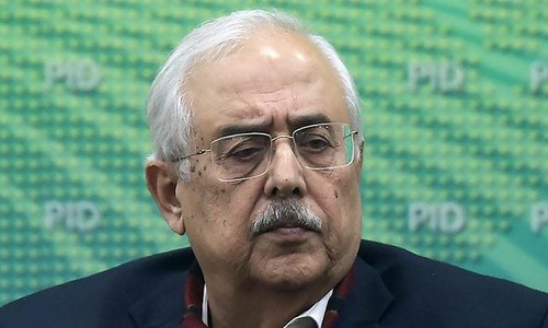 Anwar Mansoor apologises 'unconditionally' for his remarks against SC judges