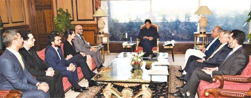 Govt's focus on boosting growth: PM