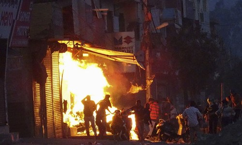 Sectarian unrest kills 13, injures at least 150 in Delhi