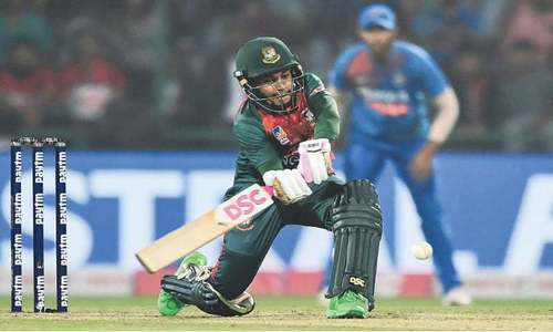 BCB president urges Mushfiqur to tour Pakistan