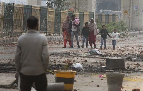 Victims of New Delhi's deadly communal clashes fill hospital
