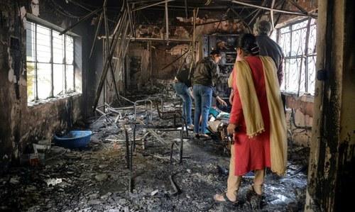 Sporadic violence in Delhi as death toll hits 32