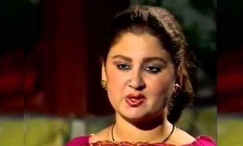 نامور پشتو گلوکارہ مہہ جبیں قزلباش انتقال کر گئیں