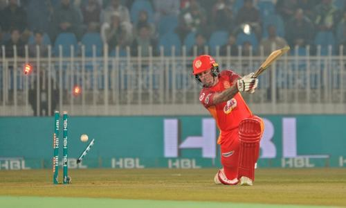 Islamabad United set respectable 188-run target for Quetta Gladiators