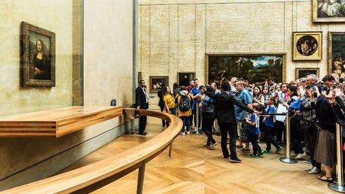 France shuts down Louvre Museum amidst coronavirus outbreak