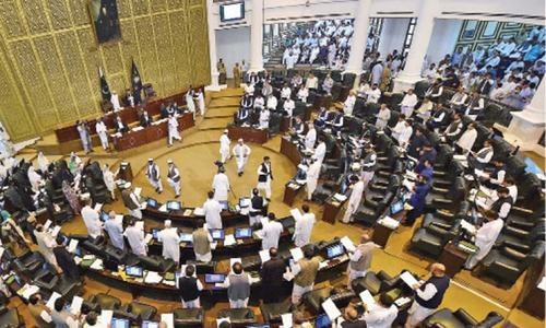 Ruckus as opposition MPAs in KP assembly blow trumpets, 'hammer' desks