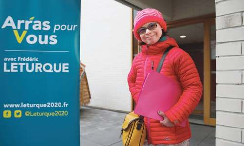 Down syndrome woman campaigns in French elections