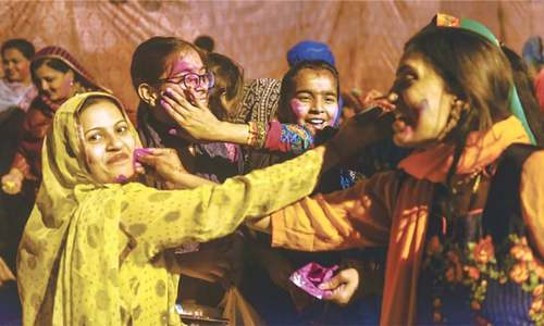 Holi celebrated in Karachi