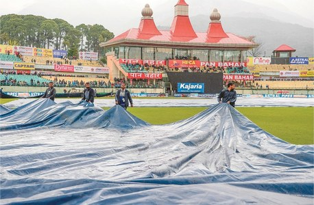 India orders cricket matches in empty stadiums to combat coronavirus