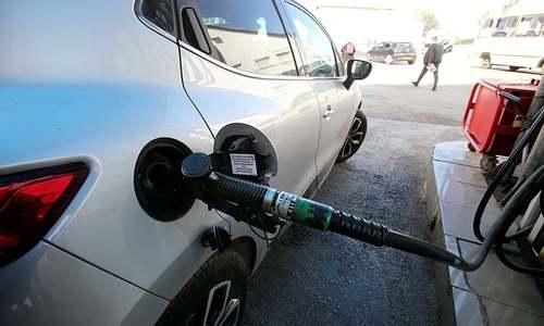 Oil products markets in turmoil as coronavirus infects demand