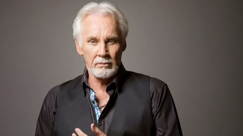Country singer Kenny Rogers passes away at 81