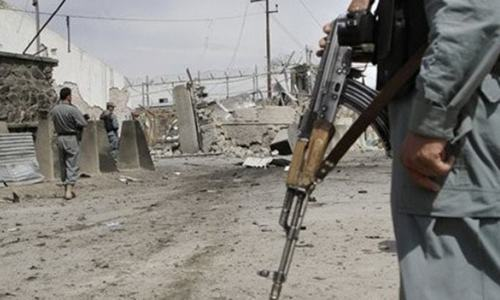 افغانستان: طالبان کے حملوں میں حکومت حامی جنگجوؤں سمیت 12پولیس اہلکار ہلاک