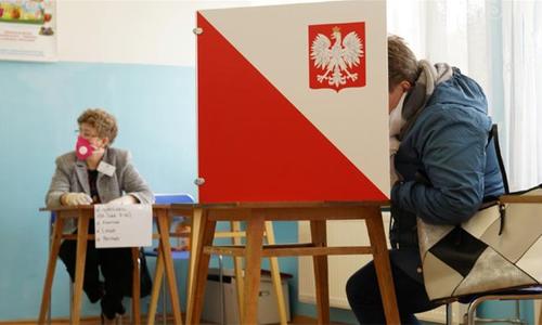 کورونا وائرس کے باوجود پولینڈ کا مئی میں انتخابات کا اعلان