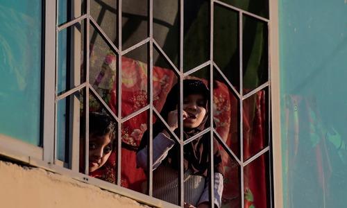 کورونا وائرس کی وبا کے دوران پاکستانیوں کی زندگی کتنی بدل گئی؟