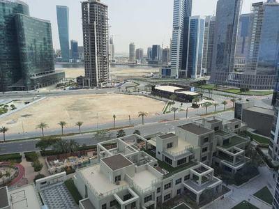 Al-Mustaqbal Street, a bustling artery in Dubai, lies eerily quiet. — Photo by Fahad Shaikh