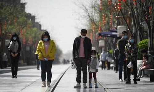 'کورونا وائرس سے شدید بیمار ہونیوالے نوجوانوں کی تعداد بڑھ رہی ہے'