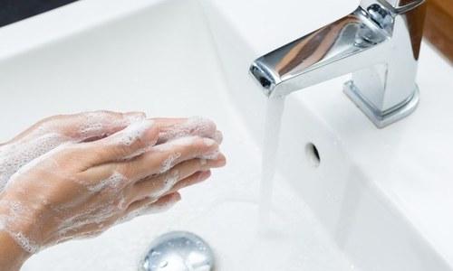 وہ عام چیزیں جن کو چھونے کے فوری بعد ہاتھ ضرور دھوئیں