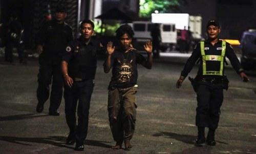 فلپائن: کورونا وائرس پابندیوں کی خلاف ورزی کرنے والا شہری پولیس کے ہاتھوں ہلاک