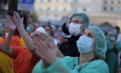 دنیا بھر میں کورونا کے مریض 13 لاکھ کے قریب، ہلاکتیں 69 ہزار سے زائد