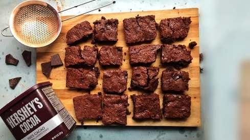 Craving delicious brownies? Bake some with this easy recipe