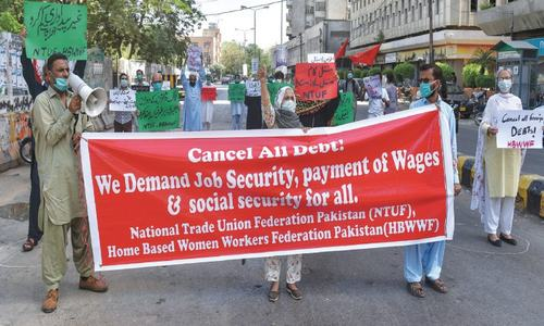 Workers protest for payment of wages, dues in Karachi