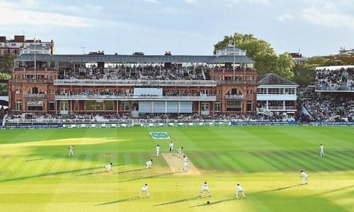 Covid-19 pushes English cricket season back until July