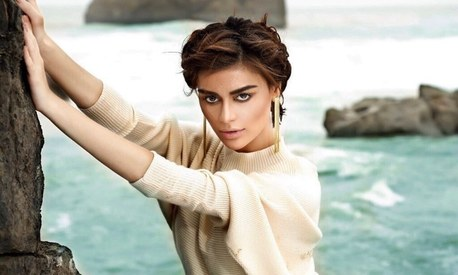 Sadaf Kanwal becomes first Pakistani model to reach 1 million Instagram followers