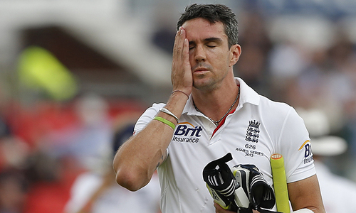 Pietersen concerned about England bowling post-Anderson, Broad