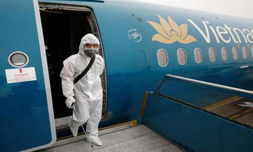 Vietnam goes all out to avoid first virus death