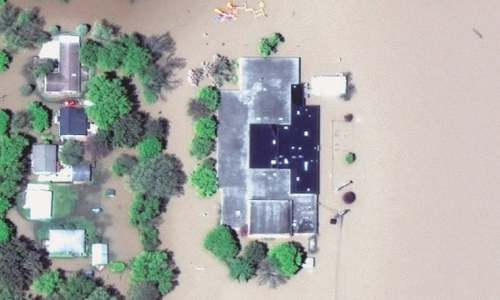 Dual dam failure in US state causes 'devastating' floods