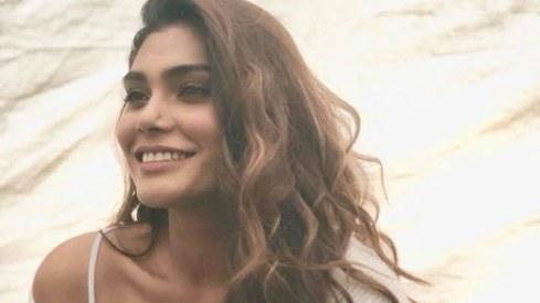 Model Zara Abid presumed dead in PIA plane crash