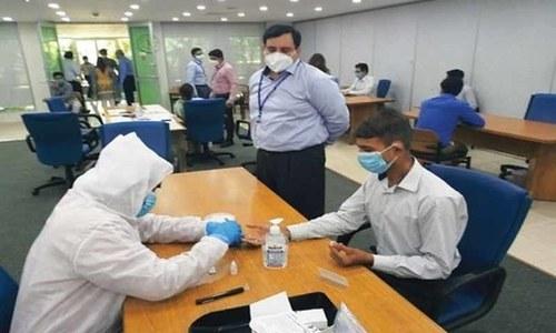 ملک میں کورونا وائرس سے مزید 100 افراد متاثر، اموات ایک ہزار 182 ہوگئیں