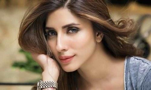 اداکارہ عظمیٰ خان پر تشدد، گھر میں توڑ پھوڑ کی ویڈیوز وائرل، مقدمہ درج