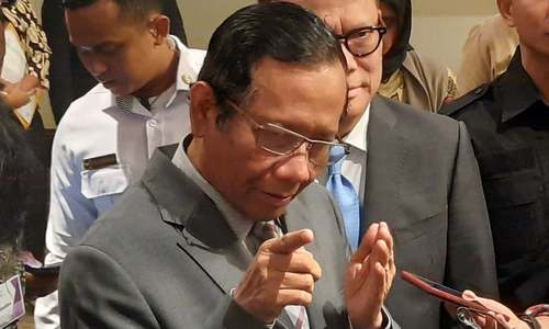 کورونا بیوی کی طرح ہے جسے آپ کنٹرول نہیں کرسکتے، انڈونیشی وزیر کا متنازع بیان