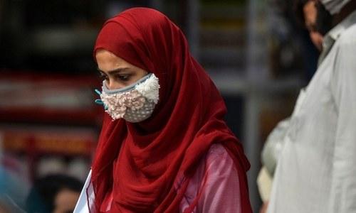 کپڑے سے بنے ماسک کوڈ 19 کو پھیلنے سے روکنے میں مددگار، تحقیق