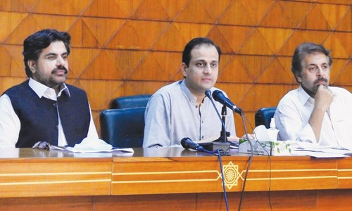 Sindh condemns Centre's bid to implicate chief minister in sugar scam