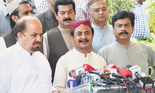 PTI demands centre take over administration in Sindh